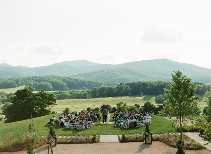ceremony in the round at Pippin Hill