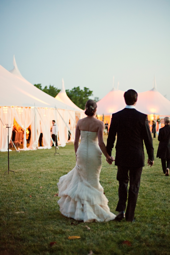 tented-wedding-at-sunset